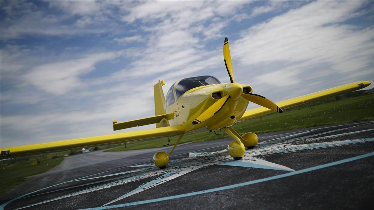 Photos of AOPA's 2020 Sweepstakes RV-10 in its pre-refurbishment state.