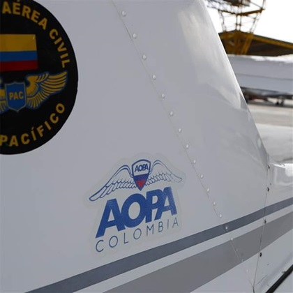 The AOPA Colombia delegation was among many who joined the call for international medical reform. AOPA file photo.