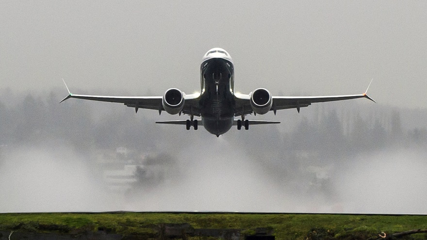 A Boeing 737 MAX-8 takes off from Renton Field, in Washington. Photo courtesy of Boeing Co.