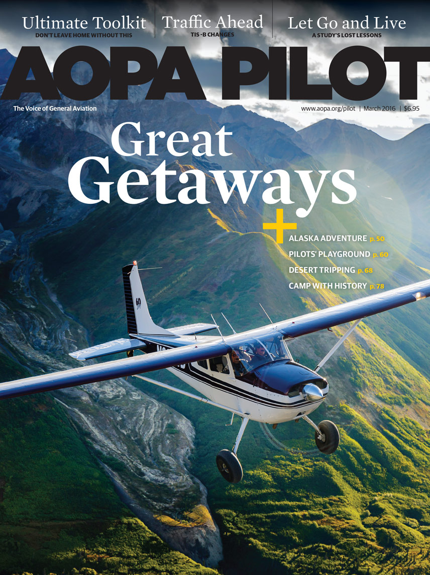 53d15f4e505 View AOPA Pilot Sample Edition · AOPA Flight Training Magazine Cover
