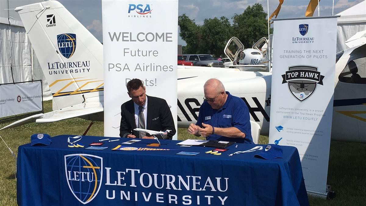 PSA Airlines and LeTourneau University have an agreement to funnel students to the airline.