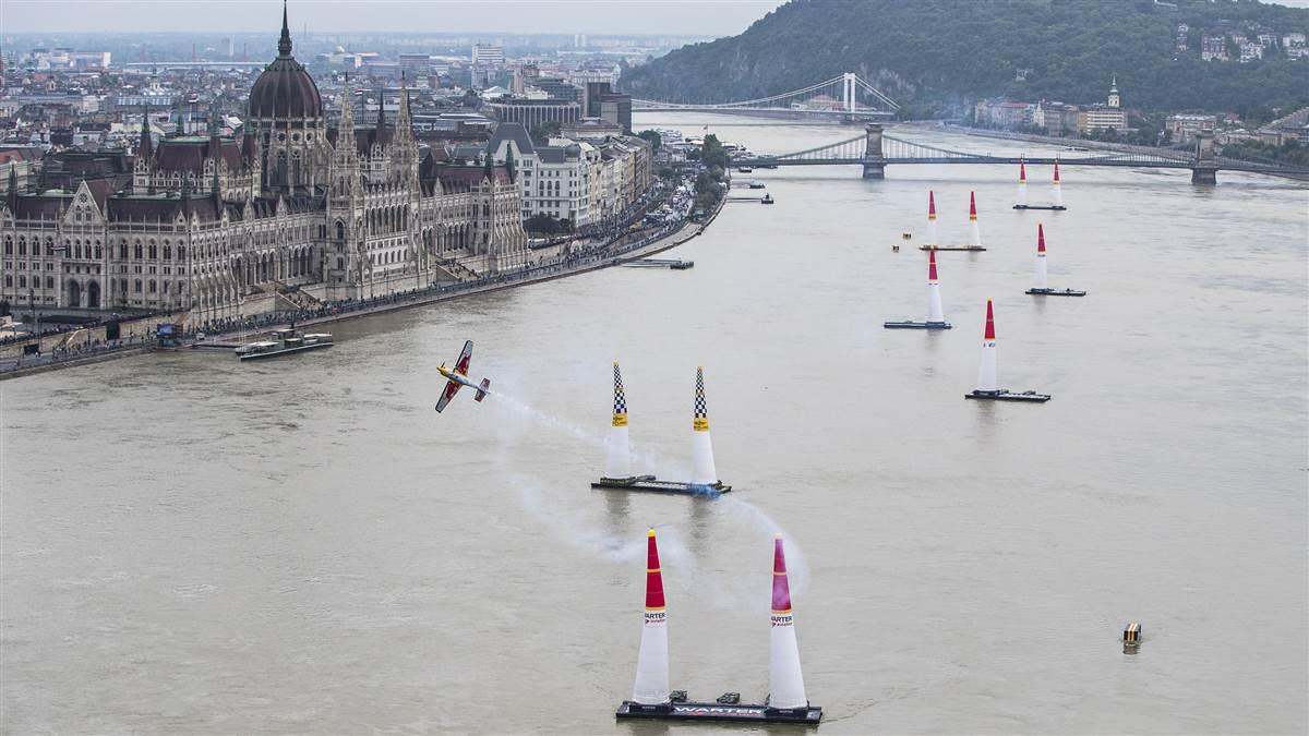 Kirby Chambliss performs during the fourth stage of the Red Bull Air Race World Championship in Budapest, Hungary, July 17. Photo by Samo Vidic/Red Bull Content Pool.
