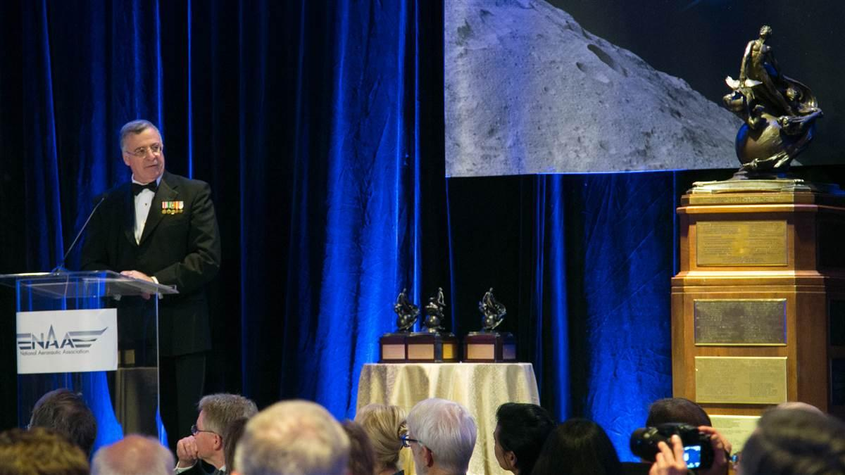 Jonathan Gaffney speaks at the 2015 Robert J. Collier Trophy dinner. Photo courtesy of the National Aeronautic Association.