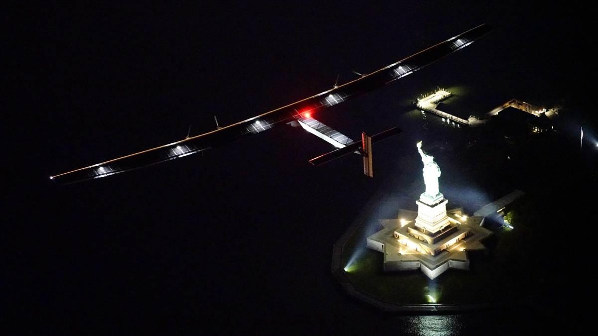 Solar Impulse 2 flies over the Statue of Liberty June 11. Photo courtesy of Solar Impulse.