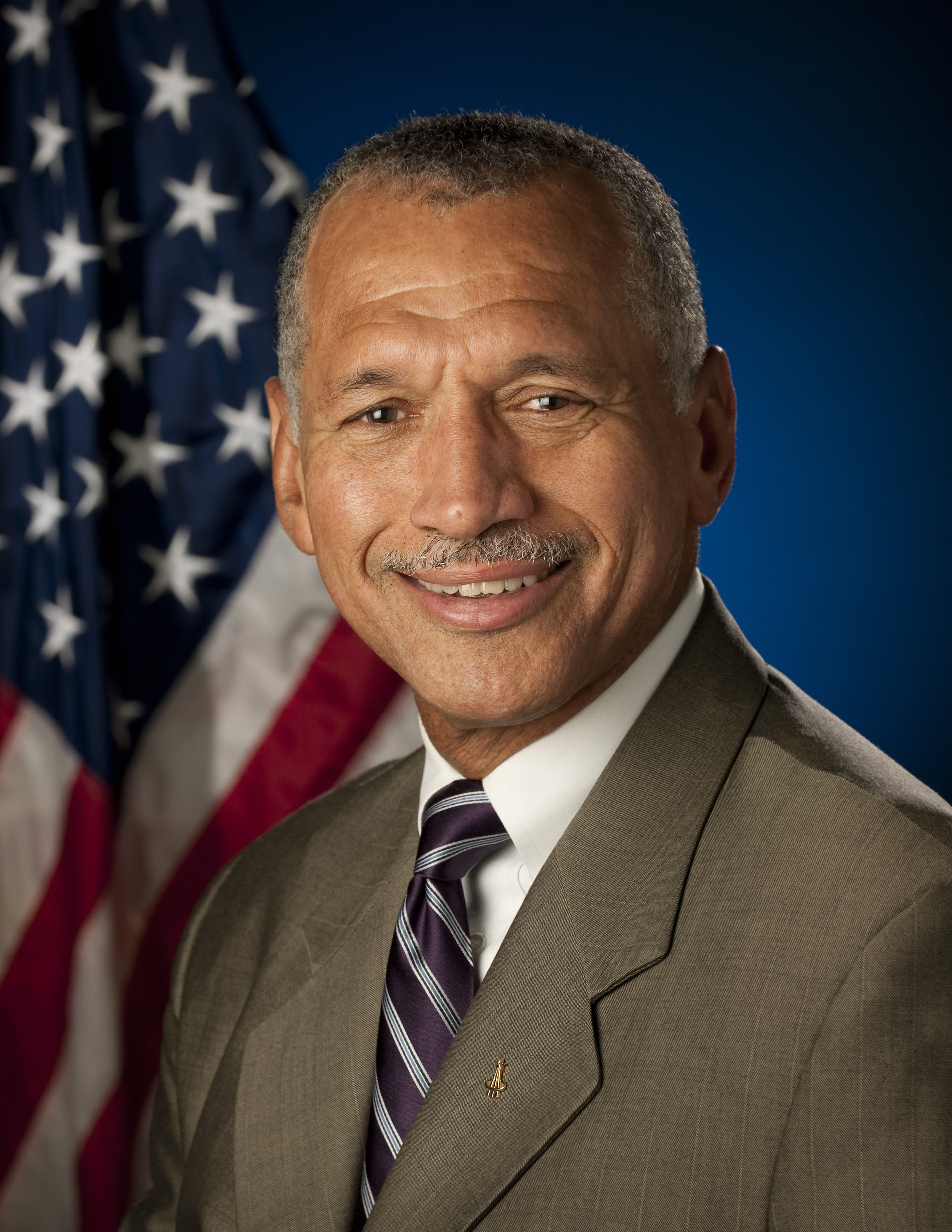 Maj. Gen. Charles Bolden, Jr. Photo Credit: NASA/Bill Ingalls.