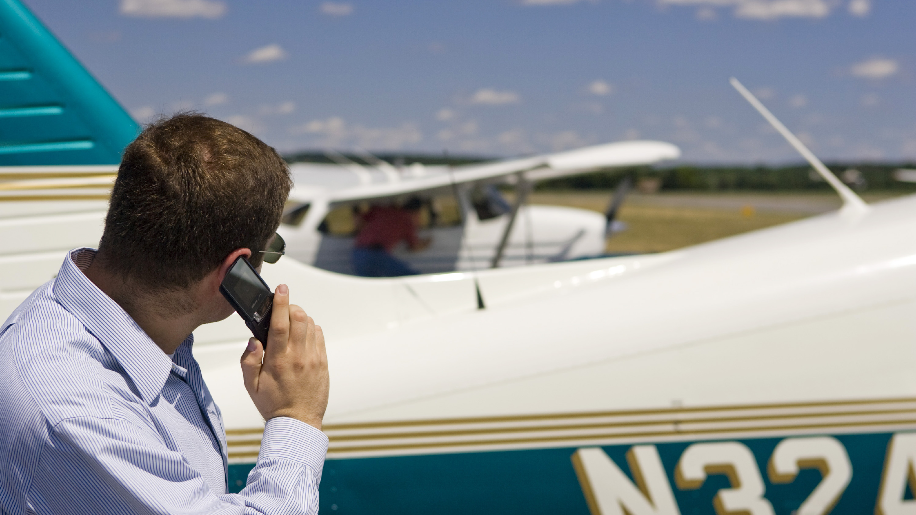 The AOPA Airport Watch Program is modeled after neighborhood watch programs across the nation and primarily relies on pilots remaining vigilant for suspicious activity in the airport environment. Photo by Chris Rose.