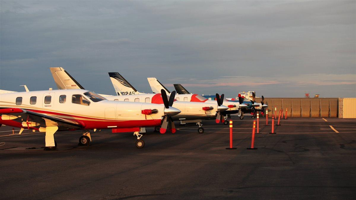 TBMs line up at Arizona's Phoenix Sky Harbor International Airport for the annual TBM Owners and Pilots Association convention.