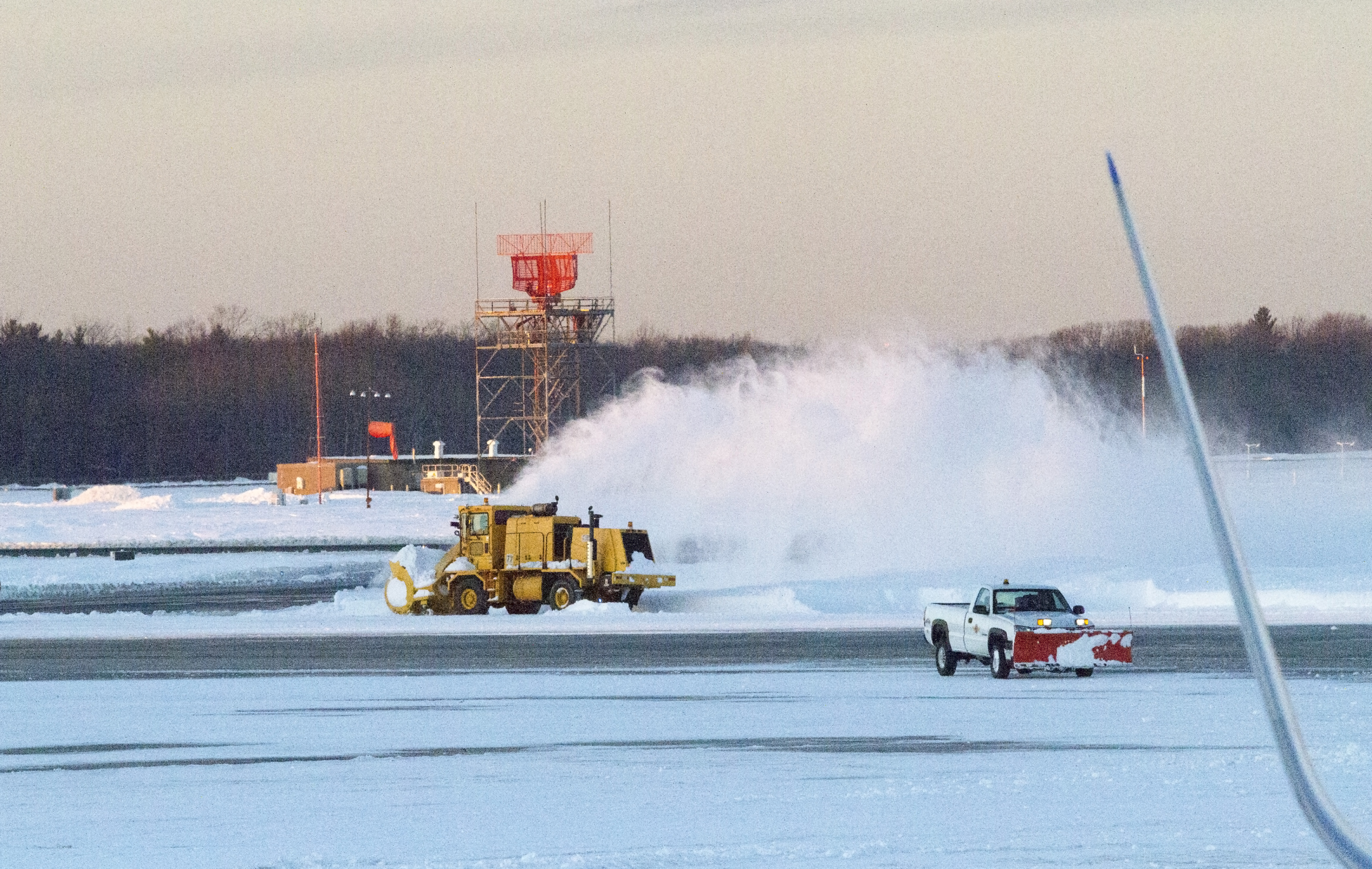 This photo, taken Feb. 10, 2013, near sunset at Bradley International Airport in Windsor Locks, Connecticut, depicts a scene nearly identical to that which unfolded exactly four years later. Jim Moore photo.