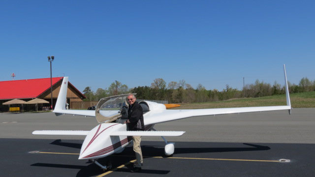 Flight instructor Dave Harvey, pictured here with his Rutan Long-EZ in 2014, celebrates the new BasicMed rule. Photo courtesy of Dave Harvey.