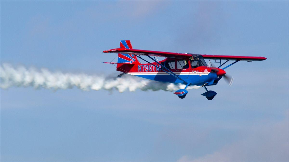 John Black makes a pass in front of the crowd at the Grand Bahama Island Air Show May 20. Jim Moore photo.
