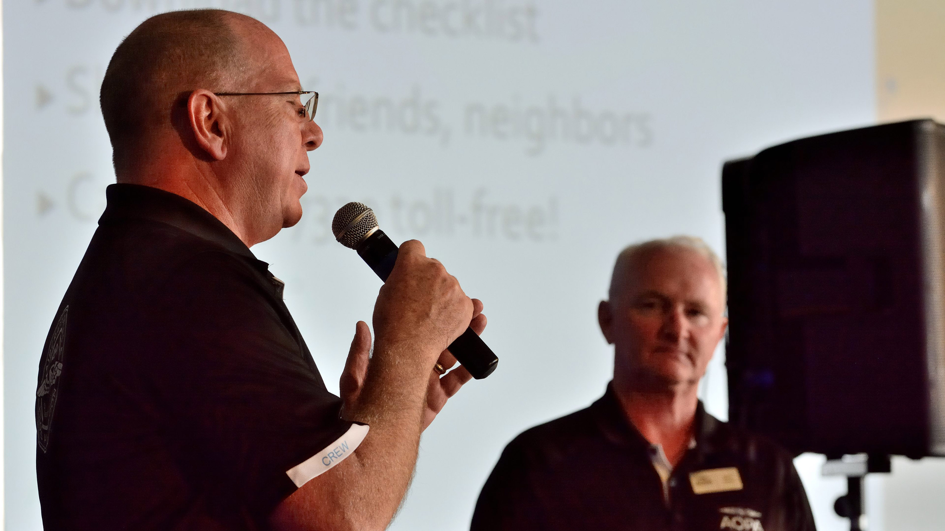 During Mark Baker's Pilot Town Hall on Saturday afternoon at AOPA's 2017 Norman Fly-In, AOPA Senior Vice President for Government Affairs and Advocacy Jim Coon, left, provides an update on legislation that would privatize the air traffic control system. Photo by Mike Collins.