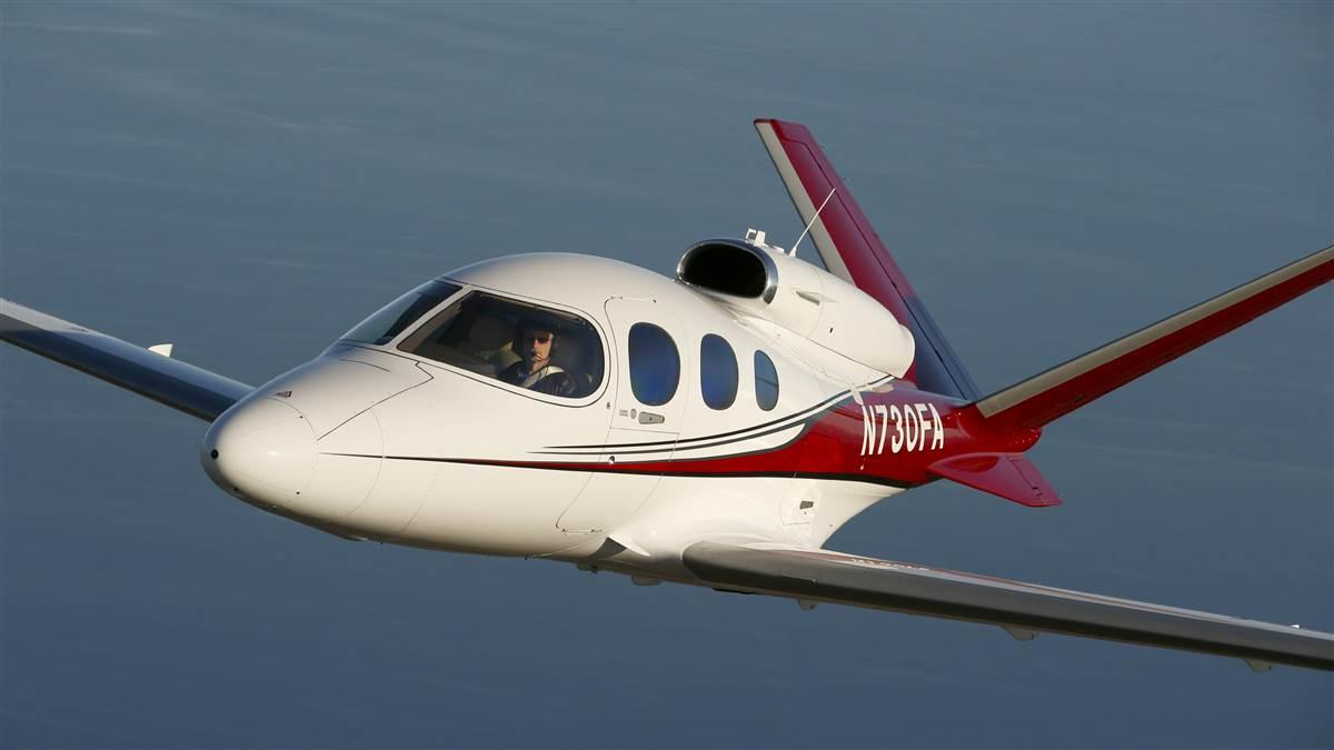Cirrus SF50 Vision Jet photo by Chris Rose.
