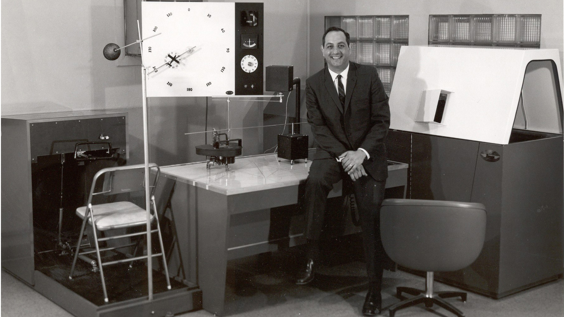 Rudy Frasca designed the Model 100 flight simulator and personally installed the unit at flight schools and colleges. Photo courtesy of Frasca International.