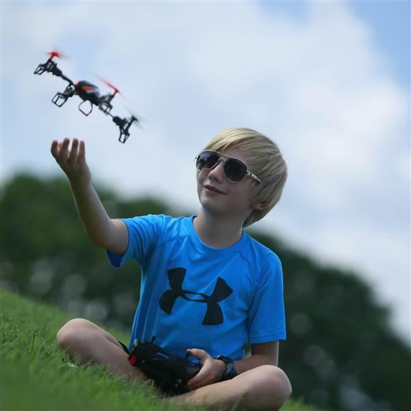 Congress repealed prohibitions on FAA regulation of hobby drones. AOPA file photo.
