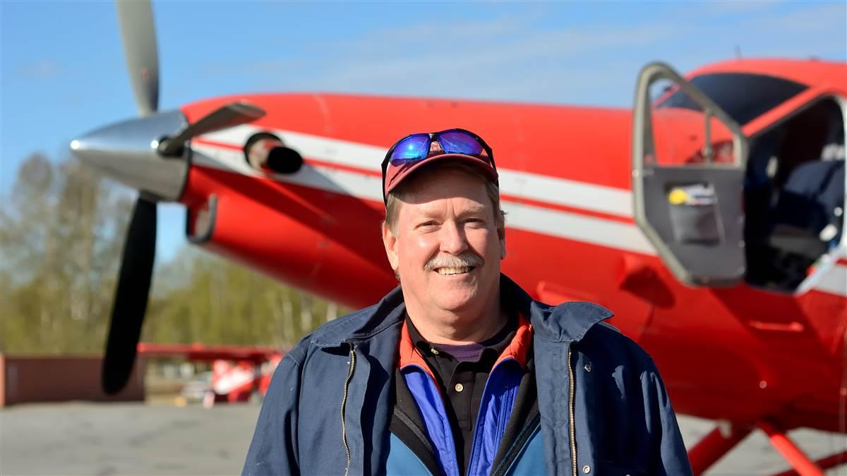 Stan Steck, with a turbine Otter, is a veteran glacier pilot.