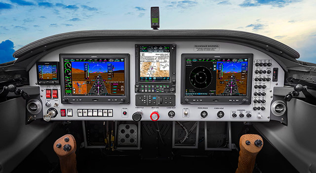 Garmin launches G5 standby instrument, new audio panels - AOPA