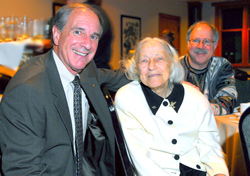 Boyer with Virginia Rabung, a 57-year AOPA member