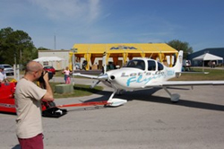 Let's Go Flying Cirrus S22 arrives at Sun 'n Fun