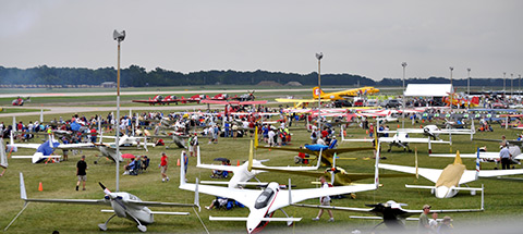 More than 10,000 aircraft showed up