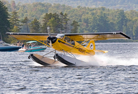 PK Floats Inc. of Lincoln, Maine, has secured a supplemental type certificate increasing by 50 pounds the gross weight of Aviat A-1B and A-1C Husky models with the PK2250A float kit installed. Photo courtesy PK Floats Inc.
