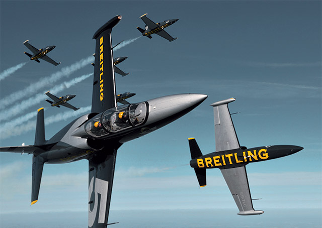 Photo courtesy of Breitling Jet Team.