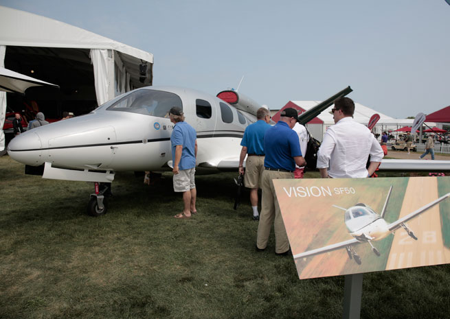 Flight testing is moving forward on the Cirrus SF50 Vision jet