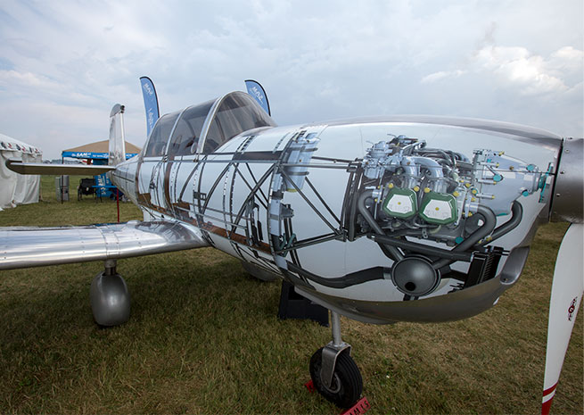 This distinctive paint scheme drew plenty of looks for the SAM LS at AirVenture
