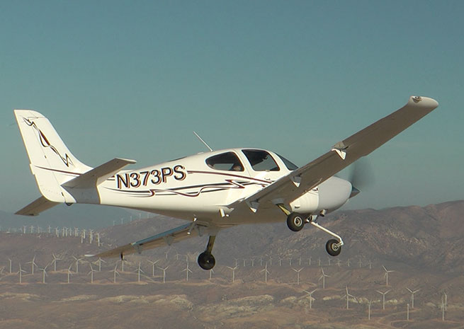 Dick Rutan pilots an SR22 powered by the new Graflight V-8 diesel by EPS. Photo courtesy of EPS.