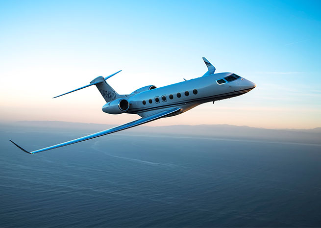 Gulfstream's G650, which has vaulted Gulfstream Aerospace Corp. to the lead in the business jet market, got an extra 500 nm of range with the G650ER, shown here. Gulfstream Aerospace Corp. photo.