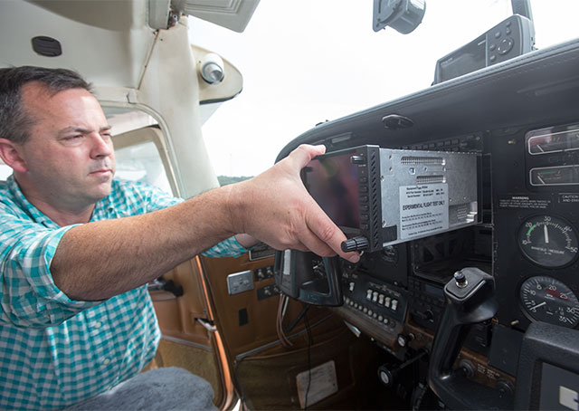 Avidyne Vice President of Product Management Steve Jacobson can swap a Garmin GNS 530 for an Avidyne IFD 540 in seconds, a process the company hopes will be repeated often.