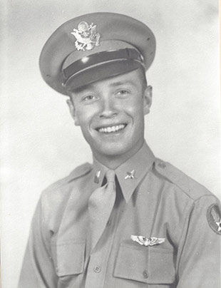 Pete Weber in 1943, shortly after graduation from flight training and commissioning. Photo courtesy of Darlene Weber.