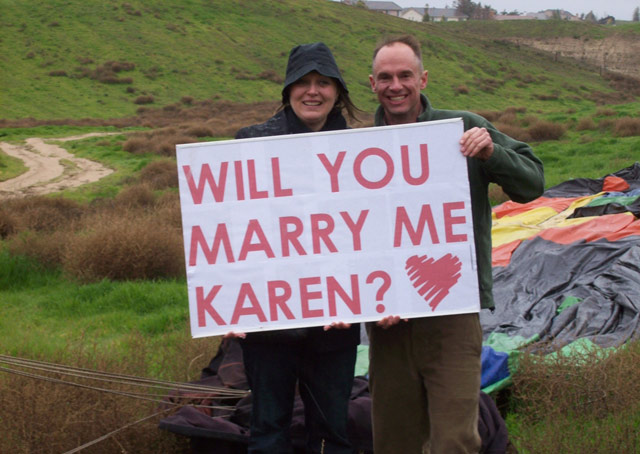 A Marine Corps pilot finds the perfect opportunity to propose in a hot air balloon. Photo courtesy of Denni Barrett.