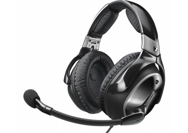 Sennheiser pilot headsets including the S1 pictured here will be taken off the market in 2016, though the company will continue to support them. Photo courtesy of Sennheiser.