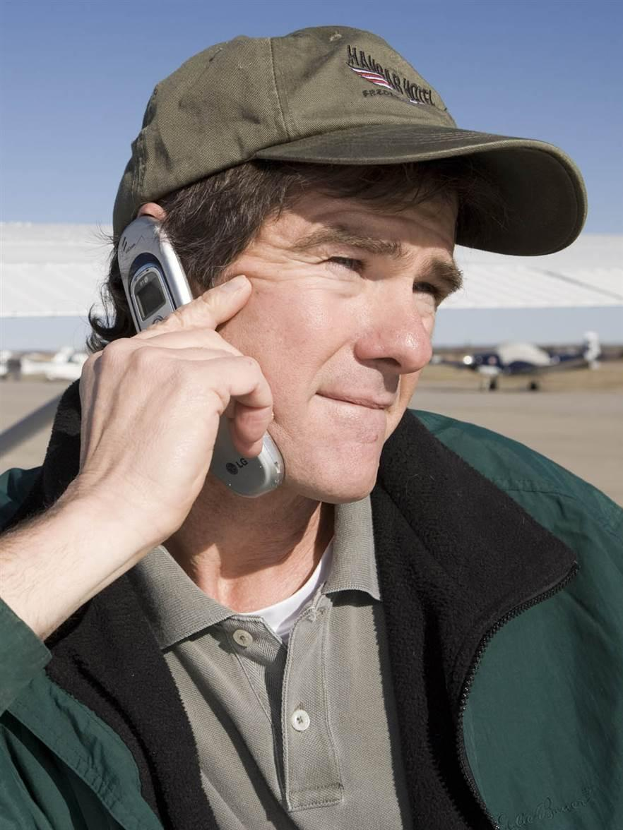 pilot on cell phone