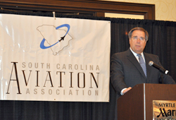 AOPA President Craig Fuller spoke to the South Carolina Aviation Association about engagement.